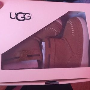 Baby ugg cali moccasin campfire uggs brand new